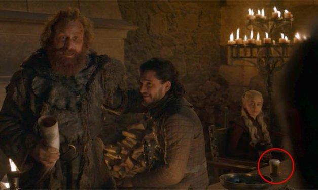 Emilia Clarke công bố 'hung thủ' đằng sau chiếc cốc Starbucks từng làm dậy sóng cộng đồng Game of Thrones